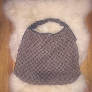 Older Style Gucci Hobo